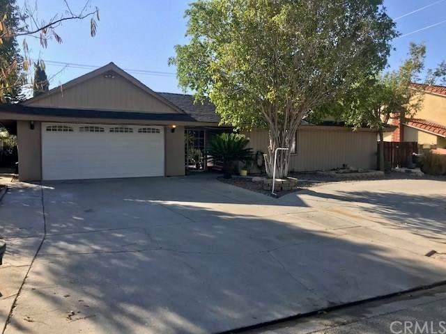 26047 Holly Vista Boulevard, San Bernardino, CA 92404 (#CV20246502) :: The Alvarado Brothers