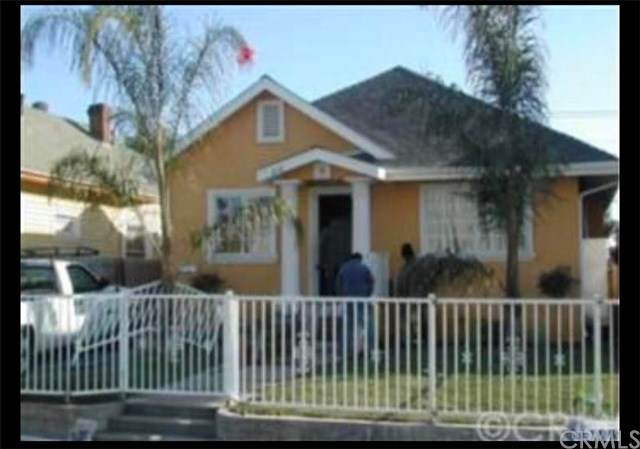 810 E 31st Street, Los Angeles (City), CA 90011 (#MB20246533) :: Frank Kenny Real Estate Team