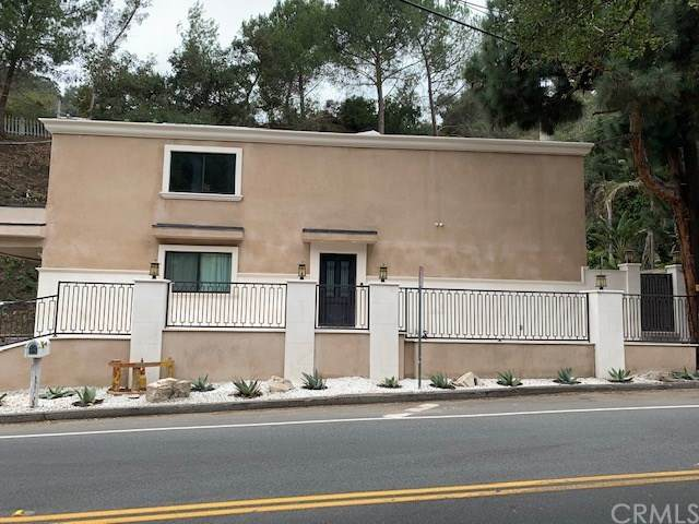2075 Benedict Canyon Drive, Beverly Hills, CA 90210 (#CV20246642) :: American Real Estate List & Sell