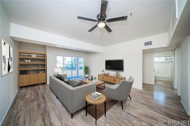 11124 Burbank Boulevard #212, North Hollywood, CA 91601 (#SR20245372) :: Steele Canyon Realty