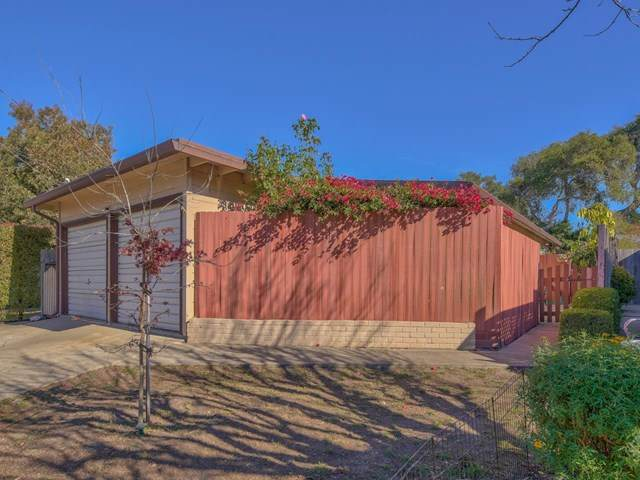 931 Walnut Street, Pacific Grove, CA 93950 (#ML81821456) :: Mainstreet Realtors®