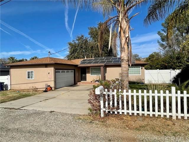 13458 Julian Avenue, Lakeside, CA 92040 (#SW20246705) :: Veronica Encinas Team