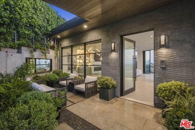 8130 Laurel View Drive, Los Angeles (City), CA 90069 (#20662388) :: Crudo & Associates