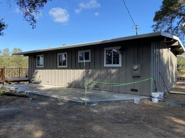 19142 Vierra Canyon Road, Salinas, CA 93907 (#ML81821462) :: Mainstreet Realtors®