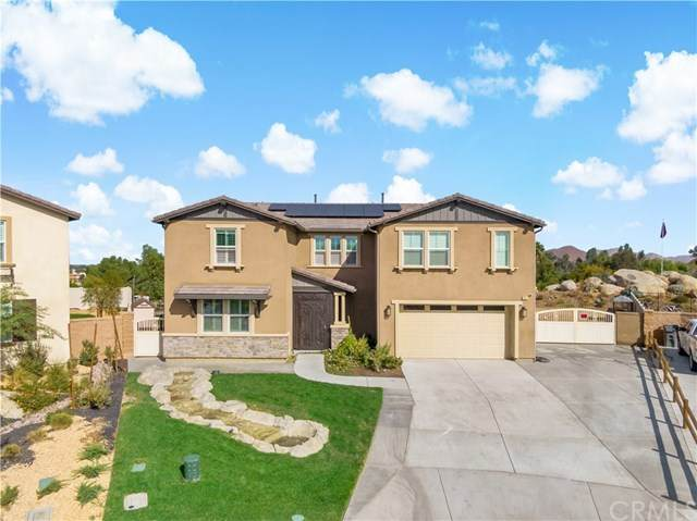 30376 Canyon Point Circle, Menifee, CA 92584 (#SW20245989) :: Berkshire Hathaway HomeServices California Properties