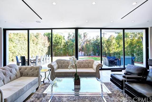 5526 Norwich Avenue, Sherman Oaks, CA 91411 (#WS20246366) :: Mainstreet Realtors®