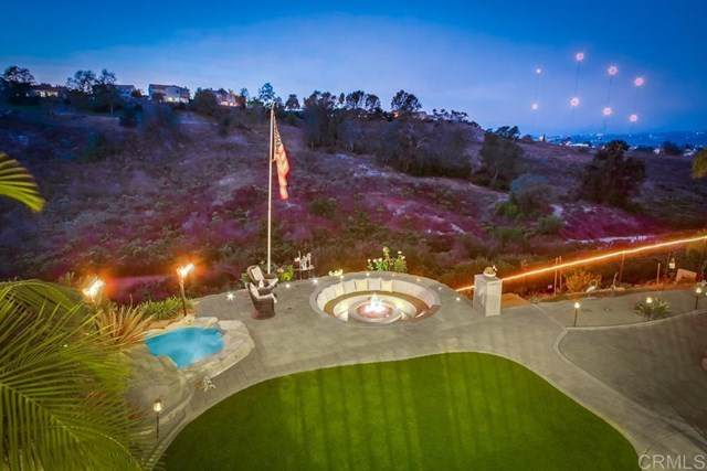 452 Taylor Drive, Oceanside, CA 92056 (#NDP2002982) :: American Real Estate List & Sell