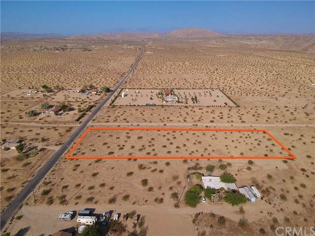 6400 E Broadway Street, Joshua Tree, CA 92252 (#JT20202093) :: Compass