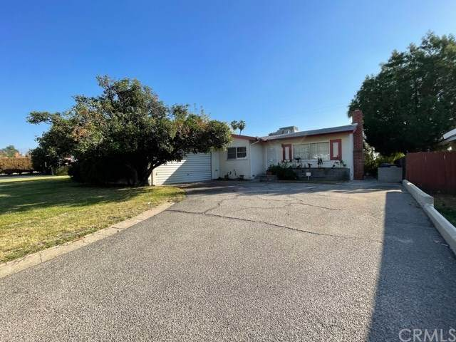 25419 33rd Street, San Bernardino, CA 92404 (#SW20247098) :: A|G Amaya Group Real Estate