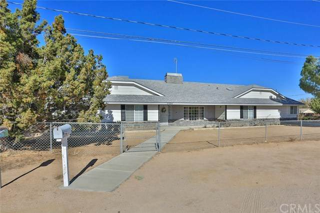 17350 Cochise Street, Hesperia, CA 92345 (#IV20247137) :: Zutila, Inc.