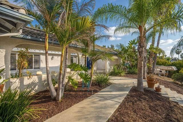614 Valley Dr, Vista, CA 92084 (#200052643) :: Bathurst Coastal Properties
