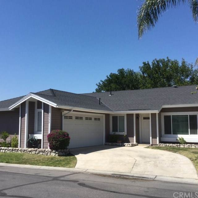 28552 Belshire Place, Highland, CA 92346 (#EV20247238) :: RE/MAX Masters