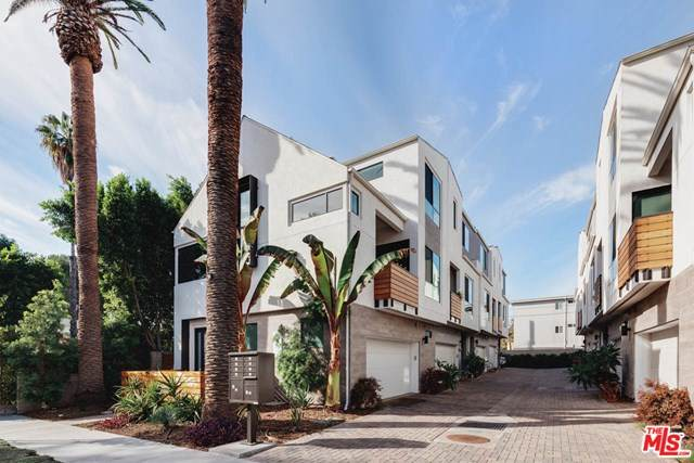 10700 W Octave Lane Lane, Los Angeles (City), CA 92601 (#20663906) :: Steele Canyon Realty