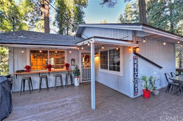 28344 Larchmont Lane, Lake Arrowhead, CA 92352 (#EV20247327) :: Crudo & Associates