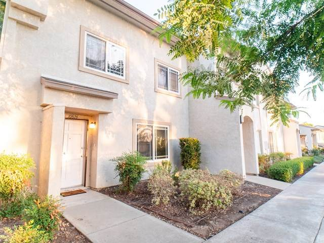 10626 Queen Jessica Ln, Santee, CA 92071 (#200052706) :: Steele Canyon Realty