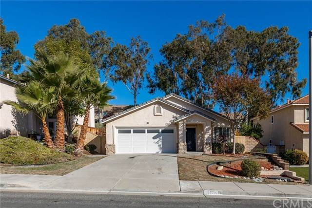 31910 Corte Sagunto, Temecula, CA 92592 (#IG20247555) :: Realty ONE Group Empire