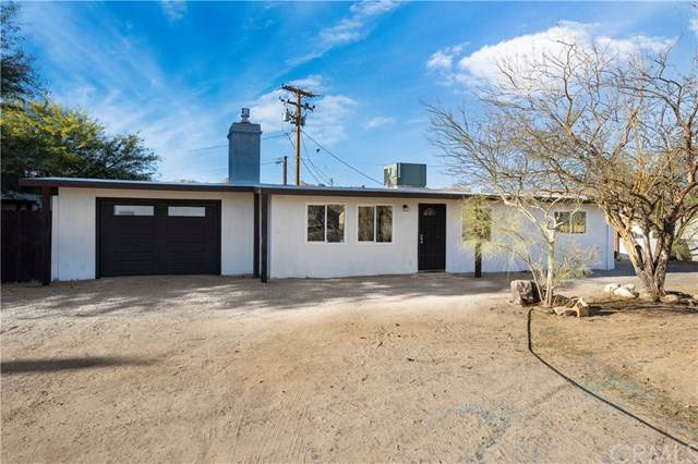 6938 Airway Avenue, Yucca Valley, CA 92284 (#SW20247688) :: Necol Realty Group
