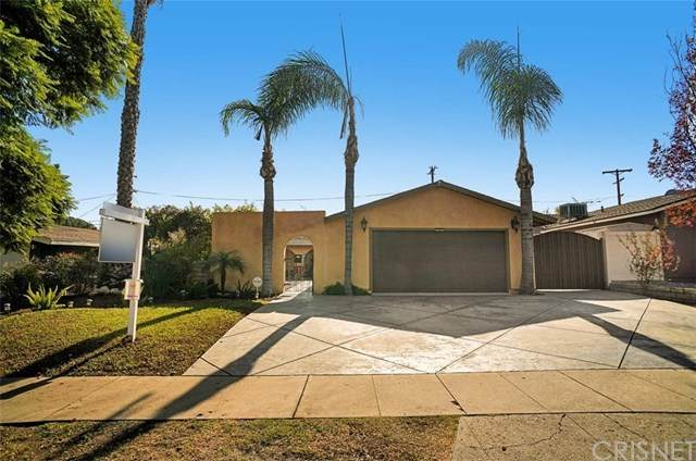 17248 Donmetz Street, Granada Hills, CA 91344 (#SR20247707) :: The Veléz Team