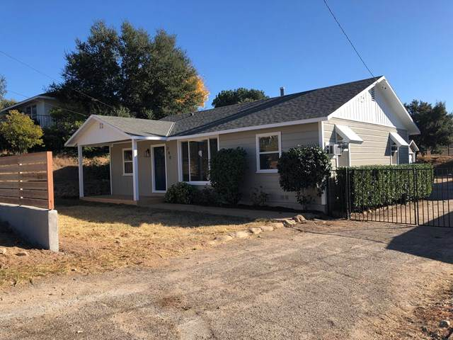 240 E Oak View Avenue, Oak View, CA 93022 (#V1-2747) :: Crudo & Associates