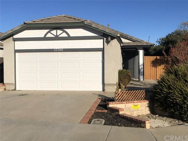 27748 Moonridge Drive, Menifee, CA 92585 (#SW20247881) :: Team Tami