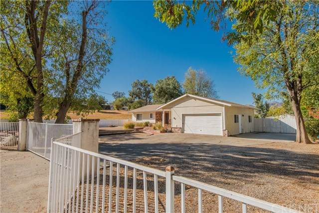 10601 Independence Avenue, Chatsworth, CA 91311 (#SR20247914) :: The Costantino Group | Cal American Homes and Realty