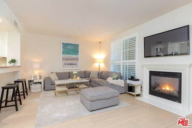 13031 Villosa Place #105, Playa Vista, CA 90094 (#20664636) :: Team Tami