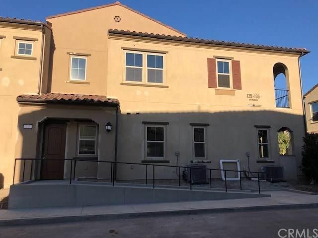 135 Carlow, Irvine, CA 92618 (#CV20247996) :: Crudo & Associates