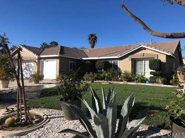28754 Dracaea Avenue, Moreno Valley, CA 92555 (#DW20248542) :: Realty ONE Group Empire