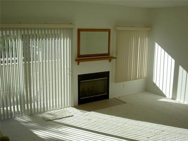 15762 Midwood Dr #2, Granada Hills, CA 91344 (#SR20248861) :: Wendy Rich-Soto and Associates