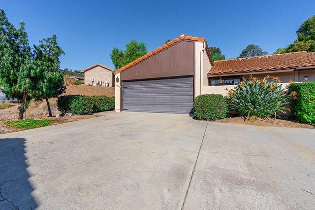 2035 Golden Circle Drive, Escondido, CA 92026 (#NDP2003093) :: American Real Estate List & Sell