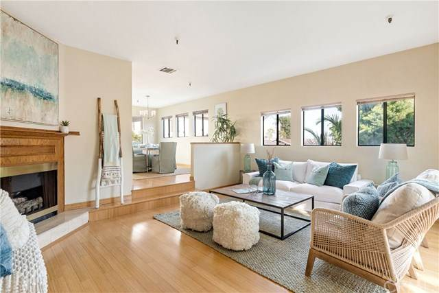 15111 Freeman Avenue #28, Lawndale, CA 90260 (#SB20247518) :: Bathurst Coastal Properties