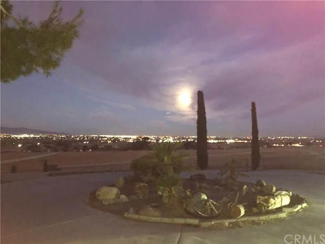 11715 Savage Lane, Apple Valley, CA 92308 (#AR20247719) :: Bathurst Coastal Properties