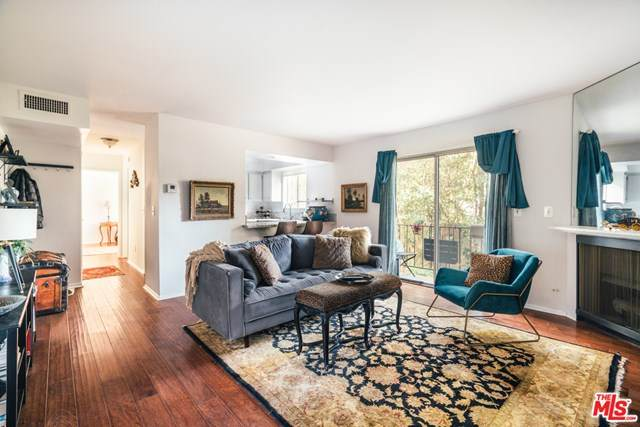 4230 Whitsett Avenue #5, Studio City, CA 91604 (#20664990) :: Steele Canyon Realty