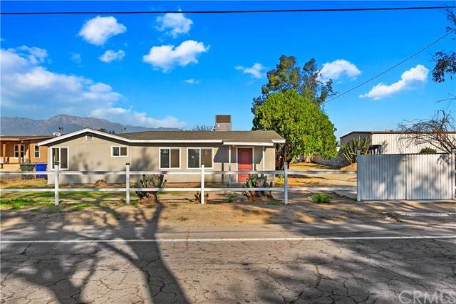 14342 Santa Ana Avenue, Fontana, CA 92337 (#CV20246814) :: Bathurst Coastal Properties