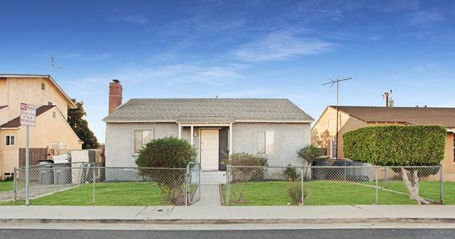 241 Wilson Avenue, Oxnard, CA 93030 (#220011164) :: The DeBonis Team