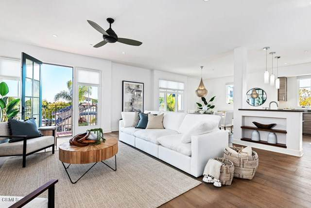 18 W Victoria Street #214, Santa Barbara, CA 93101 (#V1-2788) :: Crudo & Associates