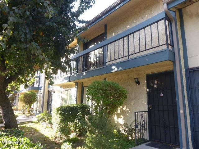 16747 Vanowen Street #18, Los Angeles (City), CA 90007 (#220011170) :: Steele Canyon Realty