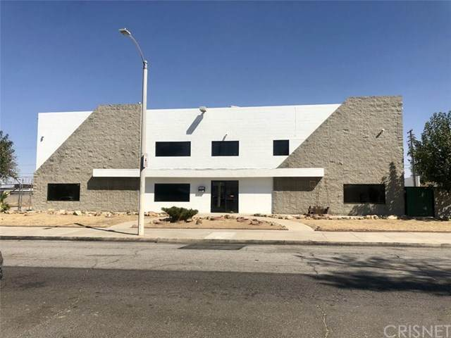 44528 Beech Avenue - Photo 1