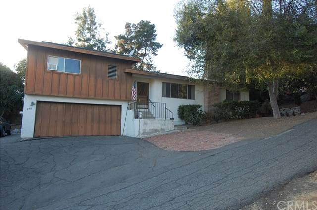 270 Plumosa Avenue, Vista, CA 92083 (#OC20249743) :: The Costantino Group | Cal American Homes and Realty
