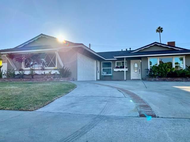 237 Yale Street Avenue, Ventura, CA 93003 (#V1-2806) :: Team Tami
