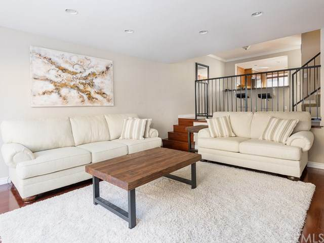 2114 Grant Avenue #3, Redondo Beach, CA 90278 (#SB20249505) :: Bathurst Coastal Properties