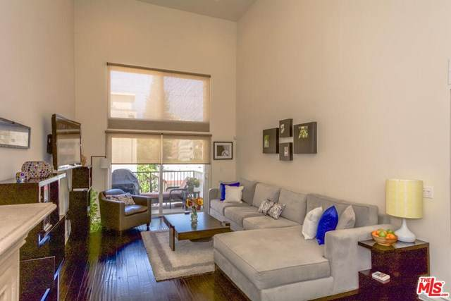 1353 N Fuller Avenue Ph4, Los Angeles (City), CA 90046 (#20665886) :: The Marelly Group | Compass