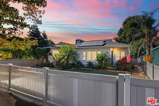 6541 Hayvenhurst Avenue, Lake Balboa, CA 91406 (#20666058) :: Bathurst Coastal Properties