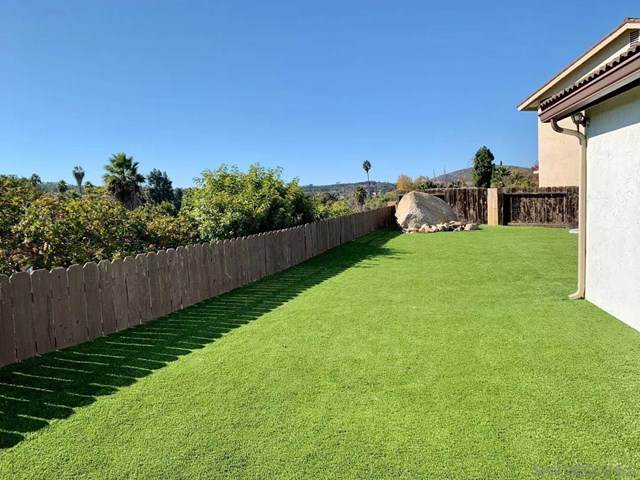 12665 Epica Ct, San Diego, CA 92128 (#200053040) :: Steele Canyon Realty