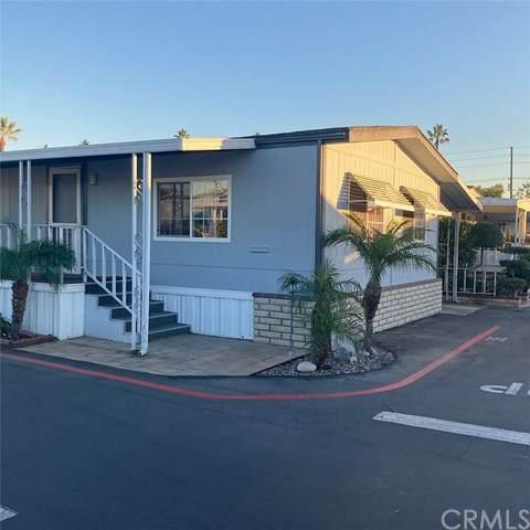 3929 W 5th Street #36, Santa Ana, CA 92703 (#PW20250527) :: RE/MAX Masters