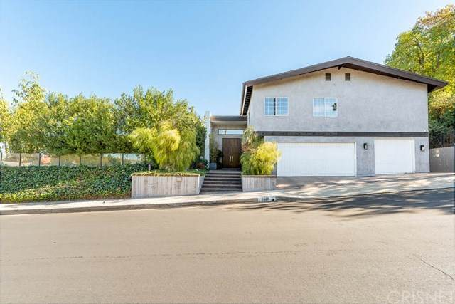 3980 Westfall Drive, Encino, CA 91436 (#SR20251107) :: Apple Financial Network, Inc.
