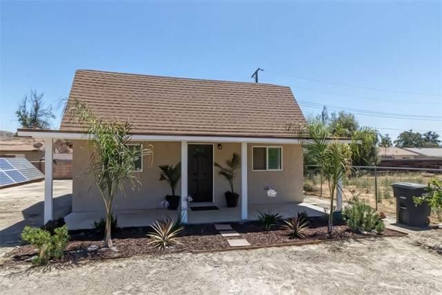40105 Johnston Avenue, Hemet, CA 92543 (#IV20202699) :: Laughton Team | My Home Group