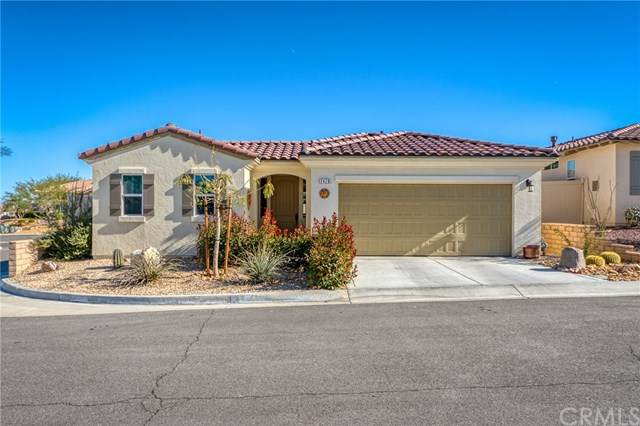 7426 Village Way, Yucca Valley, CA 92284 (#JT20251117) :: Team Tami