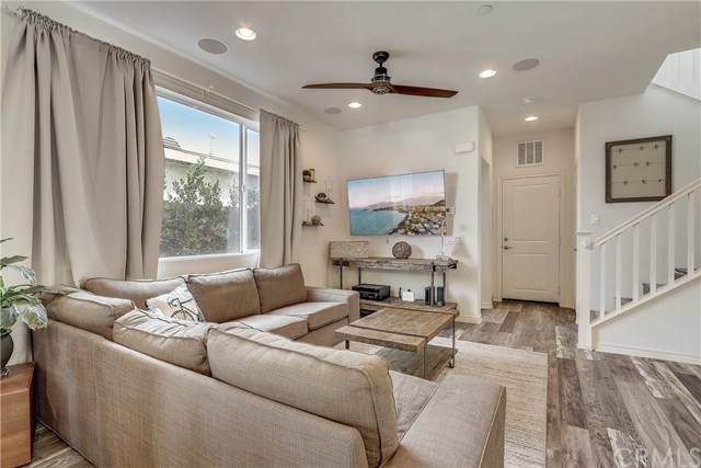 1041 W 228th Street, Torrance, CA 90502 (#SB20251039) :: Bathurst Coastal Properties