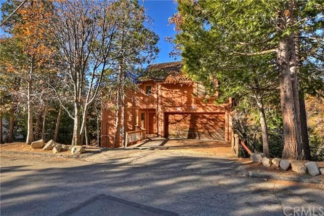 1230 Calgary Drive, Lake Arrowhead, CA 92352 (#EV20251869) :: Bathurst Coastal Properties